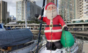 Where to Stay on Oahu for Families at Christmas
