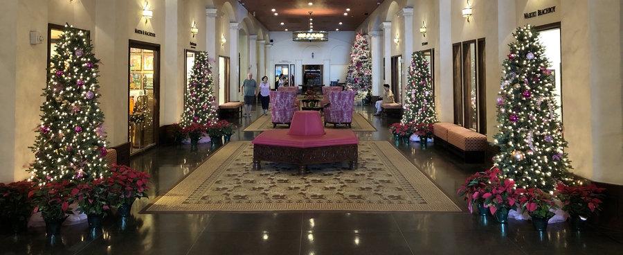 Hawaii Christmas Hotels Royal Hawaiian