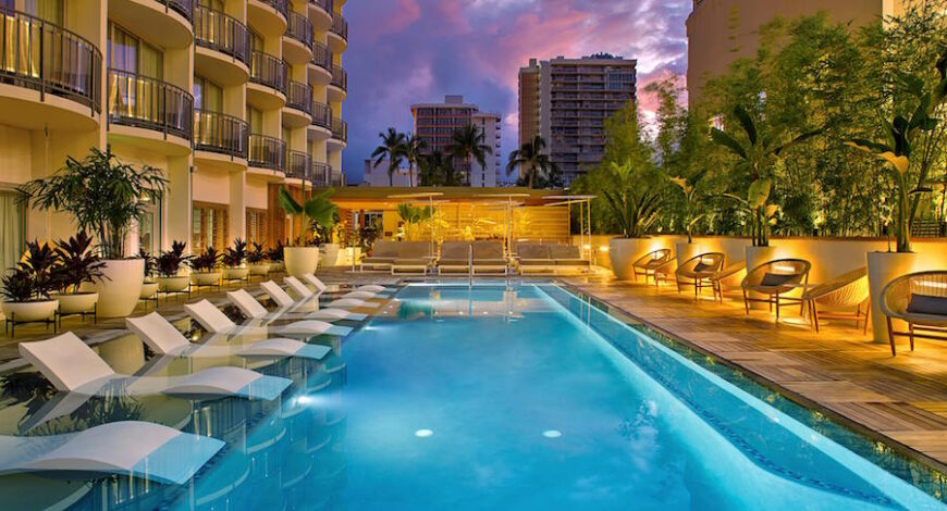 Airport Shuttle to The Laylow Hotel in Waikiki